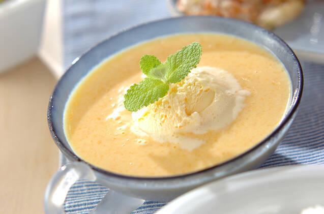 ホットピーチスープとバニラアイス