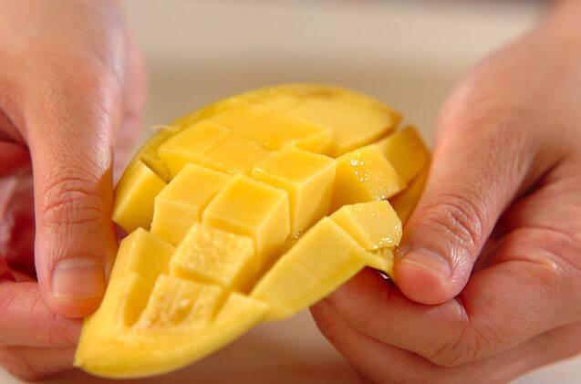 アイスクリーム&フルーツの作り方の手順1