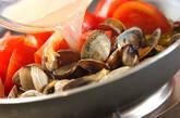 アサリとトマトのガーリックパスタの作り方4