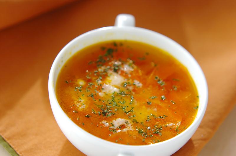 ひらひらにんじんスープ