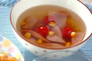 ソーセージとコーンのスープ