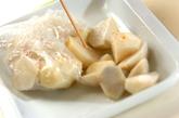 里芋と豚バラ肉のみそ煮の下準備1