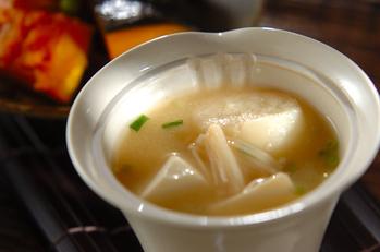 エノキと麩のみそ汁