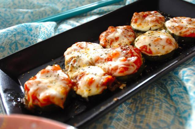 ズッキーニのピザ風焼き