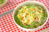 シラスとキヌサヤの卵丼の作り方の手順