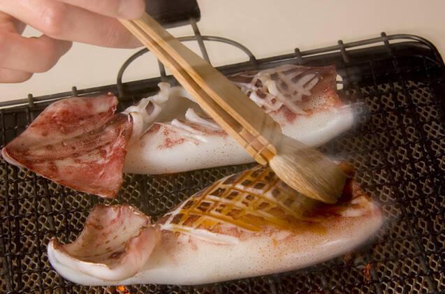 焼きイカの作り方の手順3