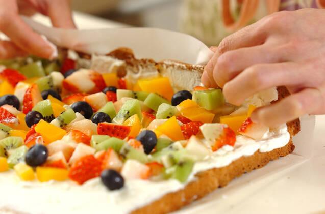 切り株ロールケーキの作り方の手順9