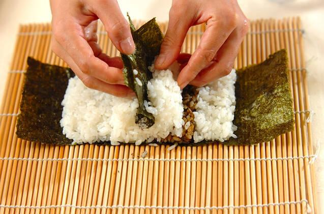 わんちゃんデコ巻き寿司の作り方の手順7