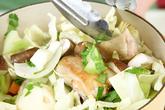鶏もも肉と野菜のスープ煮の作り方5