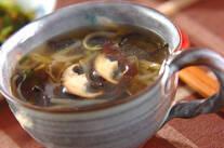 キクラゲとシイタケのスープ