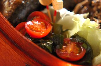 プチトマトのワカメサラダ
