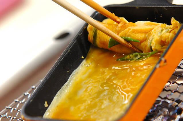 キヌサヤの卵焼きの作り方の手順2