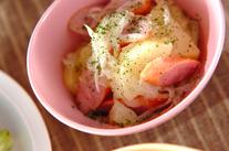 ジャガイモとソーセージのサラダ