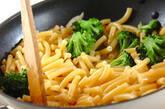 ブロッコリー入りペペロンチーノの作り方4