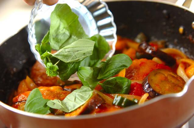 チキンのトマト煮の作り方の手順3