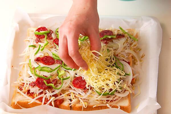 たっぷりモヤシのパンピザの作り方の手順6