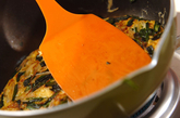 ニラとモヤシの卵焼きの作り方2