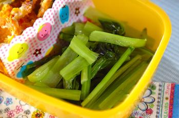 小松菜の蒸し煮