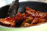 骨付き豚バラ肉のトマトソース煮の作り方7