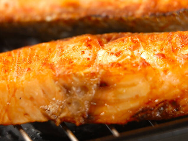 鮭の親子ご飯の作り方の手順1
