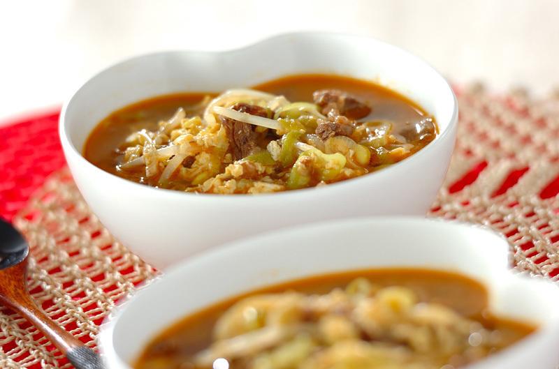 野菜たっぷりのカルビスープ