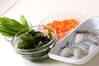 生湯葉とエビの炊き合わせの作り方の手順1