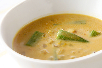 オクラのカレースープ