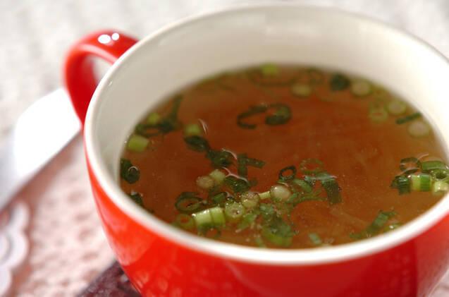 大根とニンジンのせん切りスープ