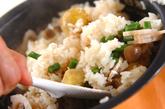 秋鮭の五目炊き込みご飯の作り方2