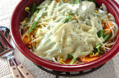 モヤシチーズ鍋