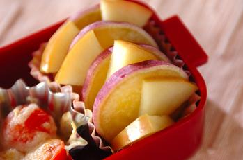 サツマイモのリンゴ煮