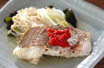 白身魚の梅肉蒸し