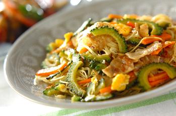 ゴーヤのカレー風味素麺チャンプルー