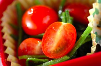 ホウレン草とトマトのナムル