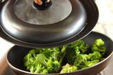 ブロッコリーのガーリックソテーの作り方3