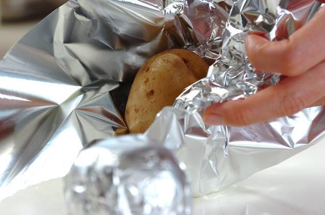 熱々バターポテトの作り方の手順3