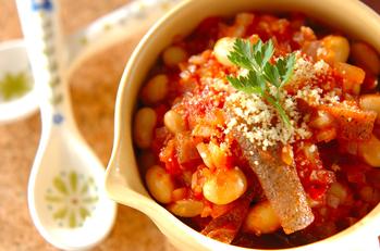 トリッパ風冷凍コンニャクのトマト煮込み