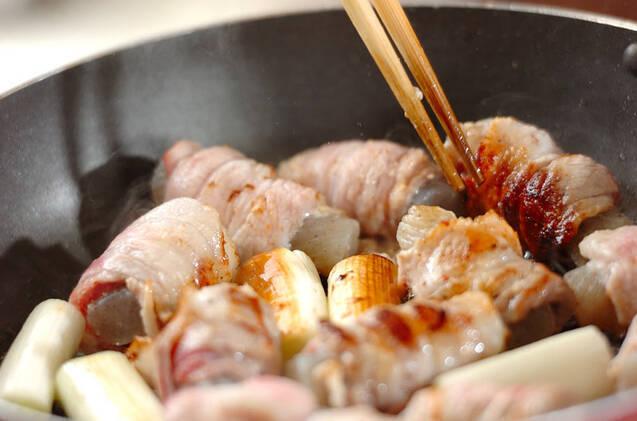 手綱コンニャクの豚肉巻きの作り方の手順4