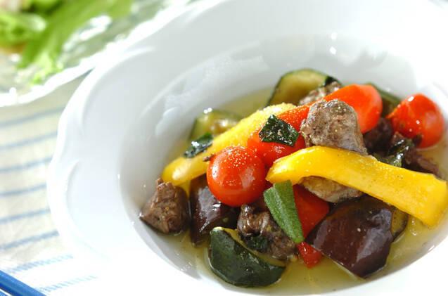 前菜やメインにも活躍!トマトとオリーブオイルの絶品レシピ19選