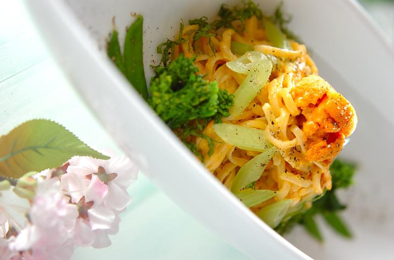 菜の花とウニのクリームパスタ
