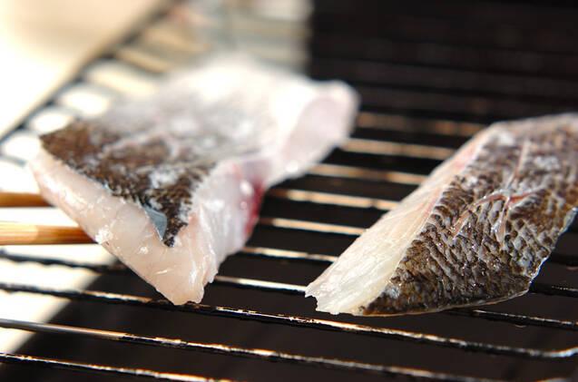 グリルでふっくら!スズキのシンプル塩焼きの作り方の手順5