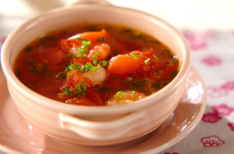5.エビとトマトのスープ