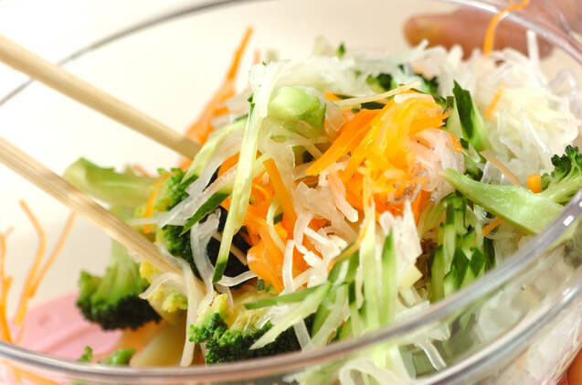 せん切り野菜のサラダの作り方の手順6