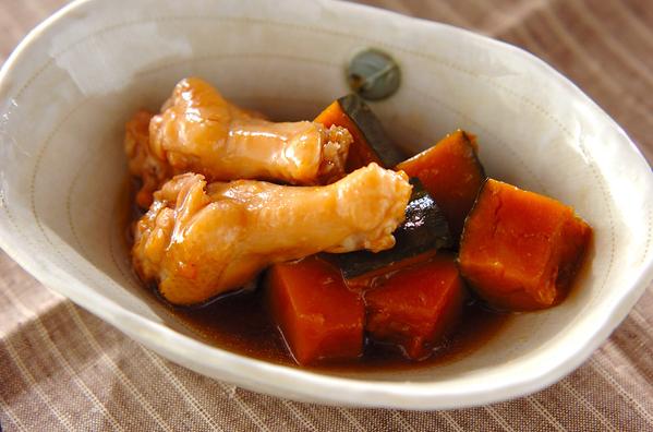 手羽元とカボチャの煮物の画像