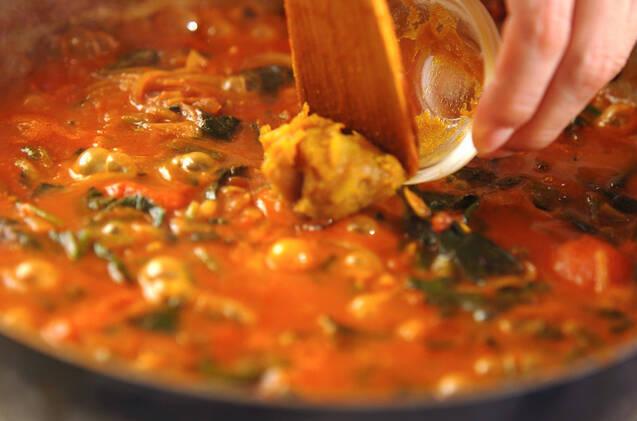 本格スパイシー!サバ缶のトマトカレーの作り方の手順5