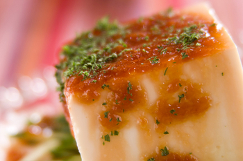 豆腐の梅ドレサラダ