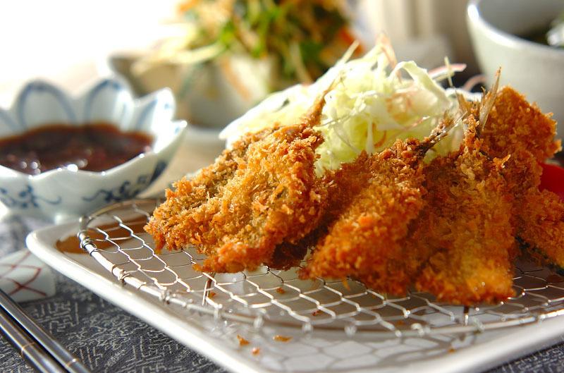1. アジのフライ・梅肉ソース