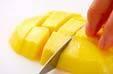 フルーツのパスタサラダの下準備1