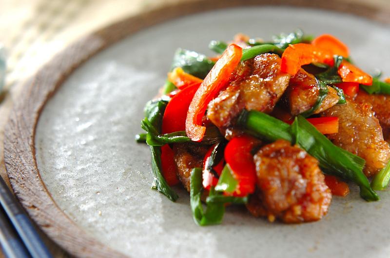 5.鶏レバーのピリ辛炒め