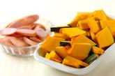 カボチャのチーズ炒めの下準備1